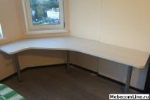 Письменный стол встроенный к стене на заказ - выполненная ра.